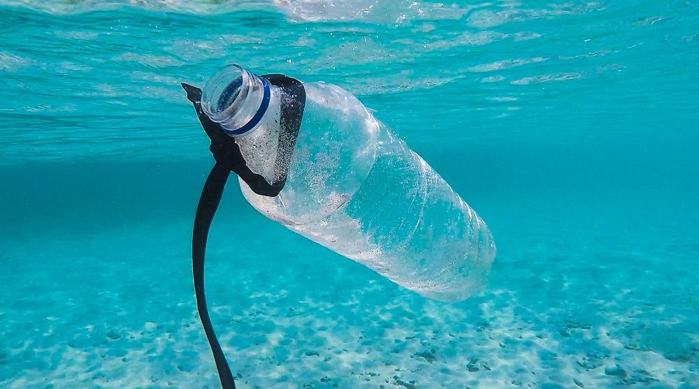 Investire sostenibile: il ritorno della plastica riciclata per salvare il mare